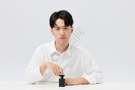 韩系帅哥和香水图片