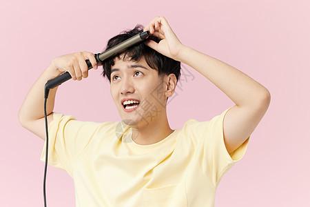 韩系男生用夹板给头发做造型图片