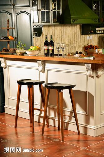 现代简约简欧式家装家居清漆蜡油家具柜子客厅上和的木厨房家具区别图片