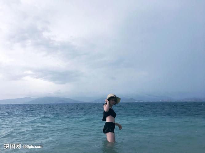 海上美女美女的副驾图片