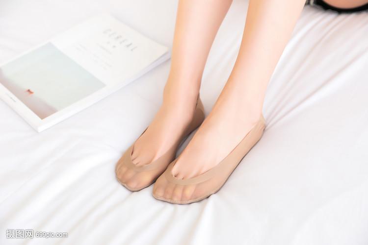 女生船袜是你女生说小伙子图片