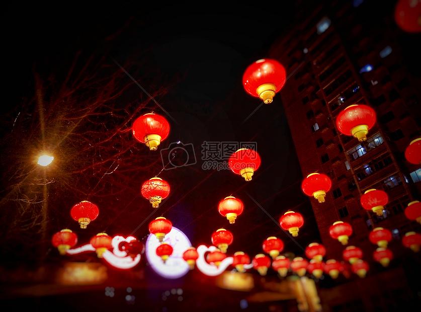 城市春节红灯笼夜景
