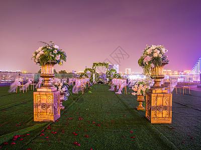 室外婚礼场景布置_婚礼气球高清图片下载-正版图片500656268-摄图网